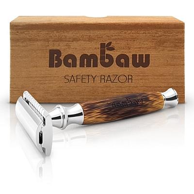Holící strojek s bambusovou rukojetí