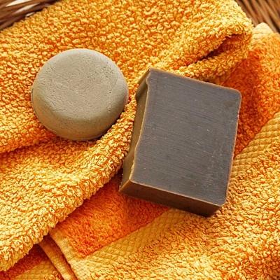 Šampúch s Ichtamolem a pyritionem zinku 6