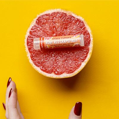 Crazy Rumors balzám na rty Ruby Red Grapefruit, 4,2 g